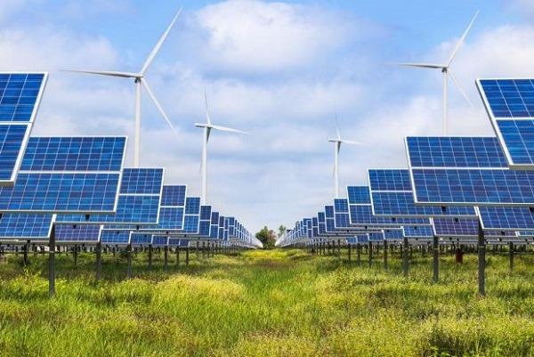 El parque híbrido solar de Khavda en la India, se estima que genere 1,5 GW de energía eólica y 750 MW de energía solar