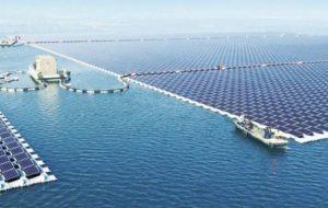 La planta solar flotante más grande del mundo