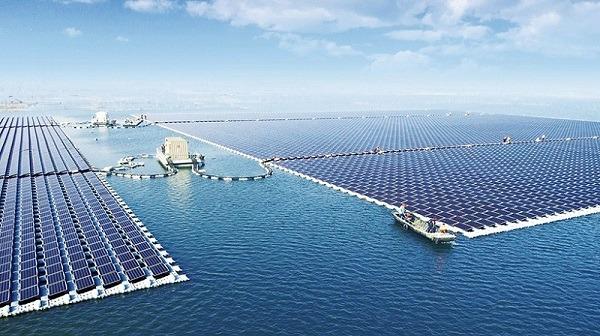 La planta solar flotante más grande del mundo construída en China