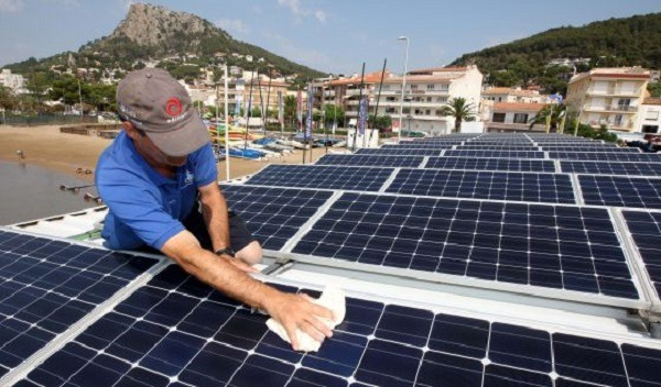 Limpieza de los paneles solares