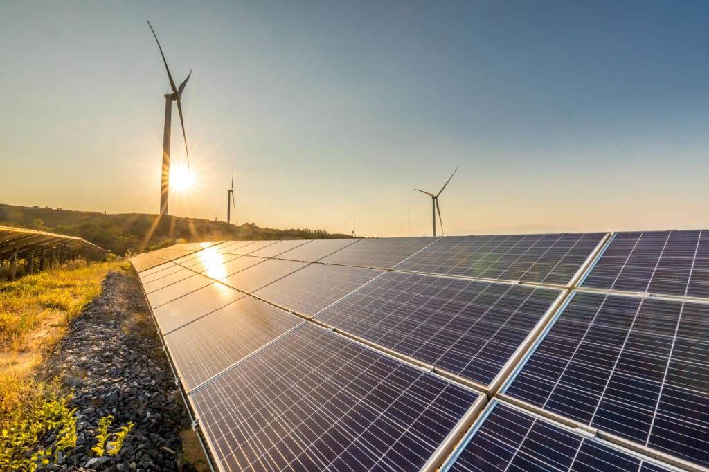 paneles solares y turbinas